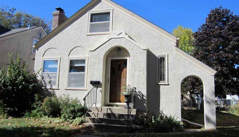 Home stucco restoration image